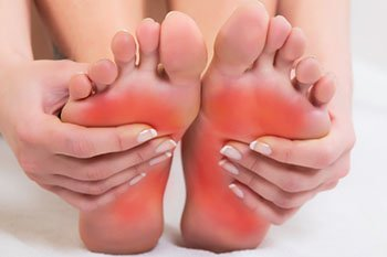Foot pain treatment in the Farmington, MI 48335 and Berkley, MI 48072 area
